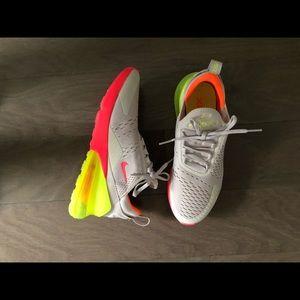 Nike Air Max 270 Size 9